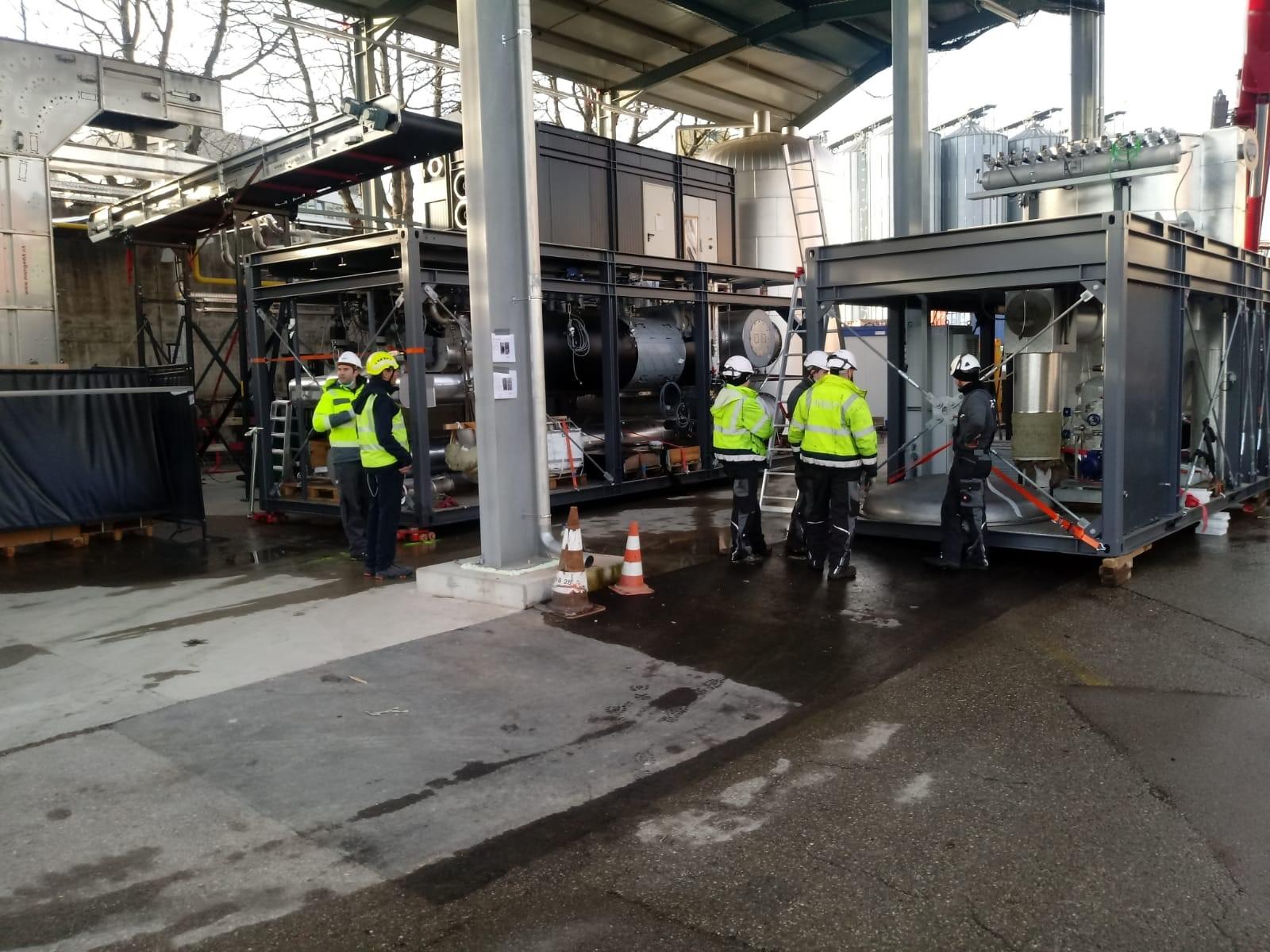 Bild Arbeiter Pyreg Außenaufnahme Unternehmen